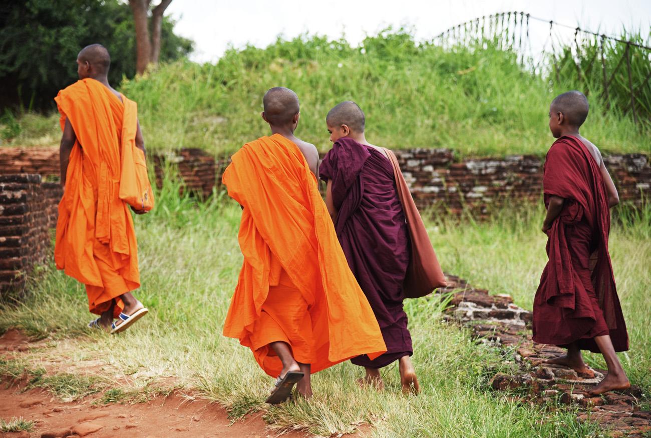 SriLanka_Monks_11