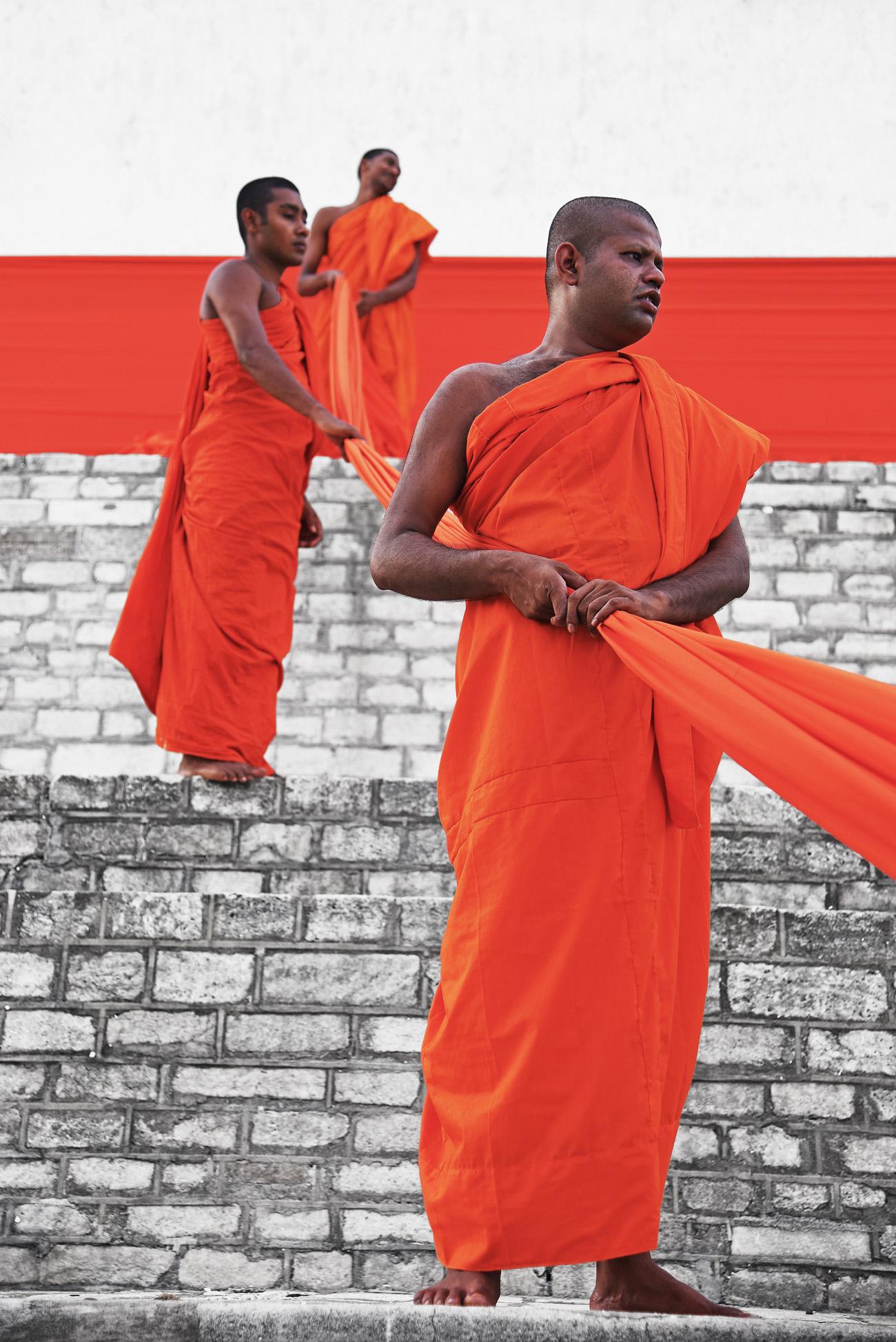 SriLanka_Monks_14