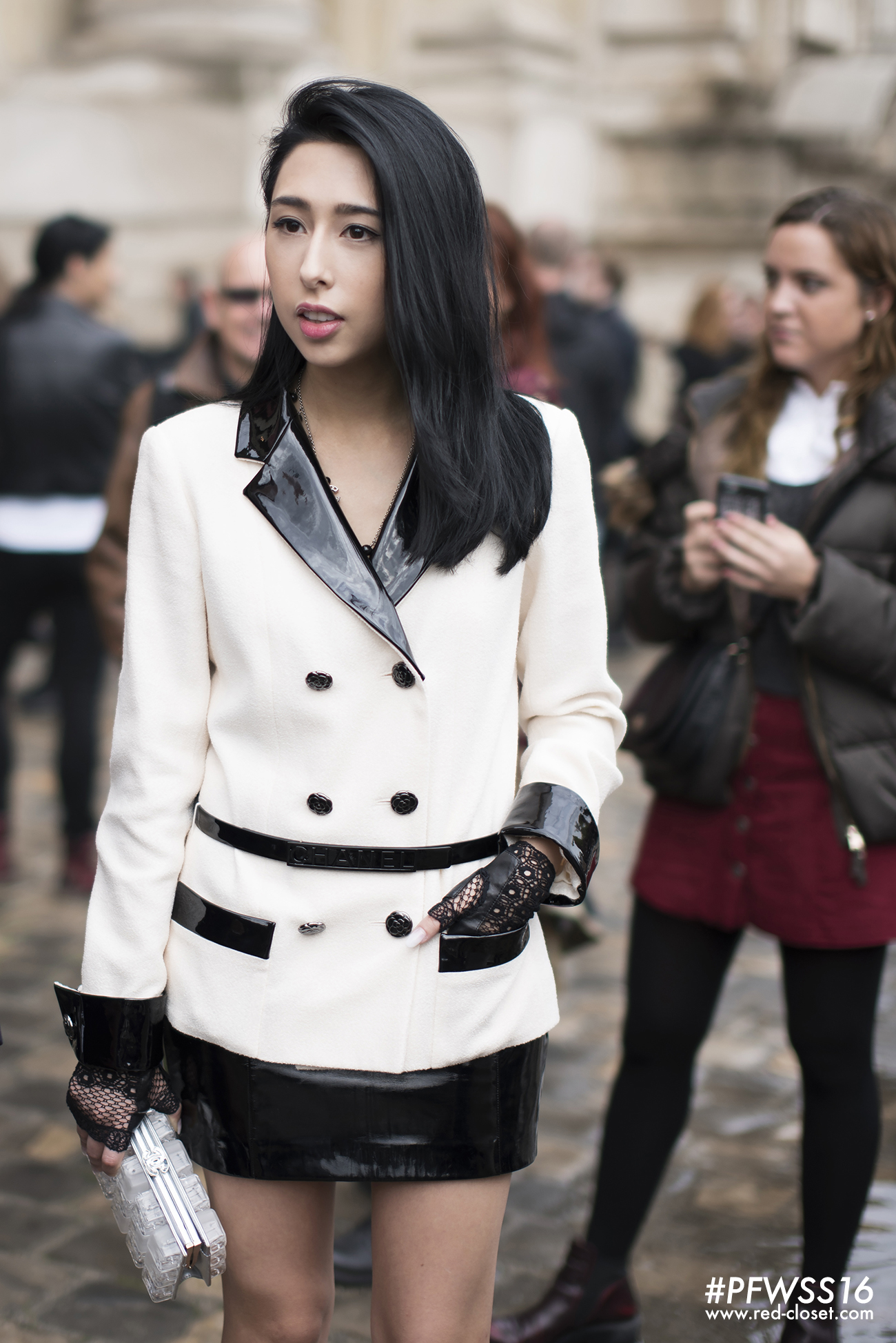 Paris-Fashion-Week-Chanel-Cynthia-Lo-16